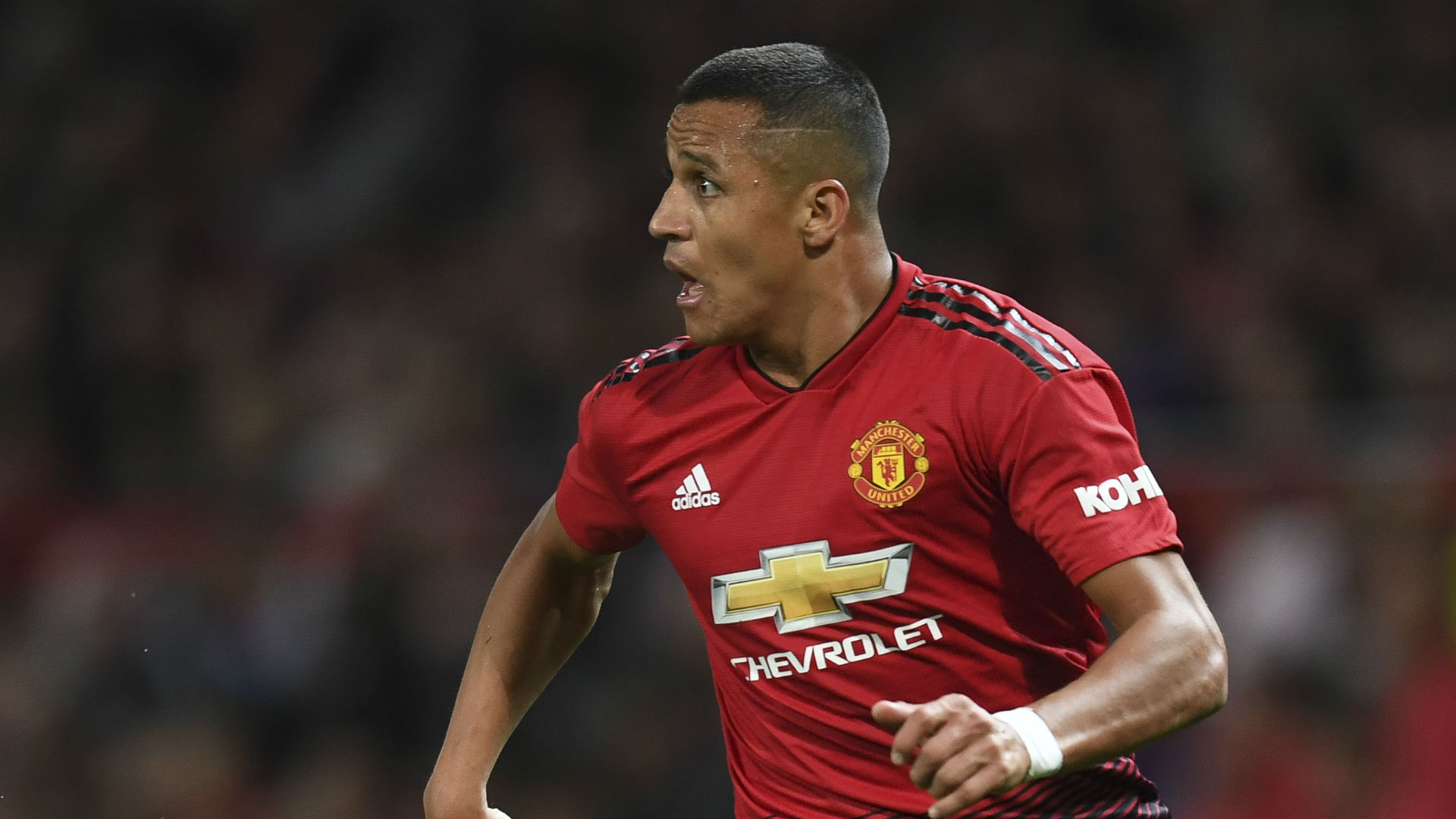 best sneakers 73ca2 8f8a9 Manchester United news: Alexis Sanchez can be a great No. 7 ...