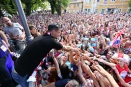 croatia - dejan lovren - fans - welcome party - 17072018