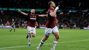 Chicharito West Ham Premier League