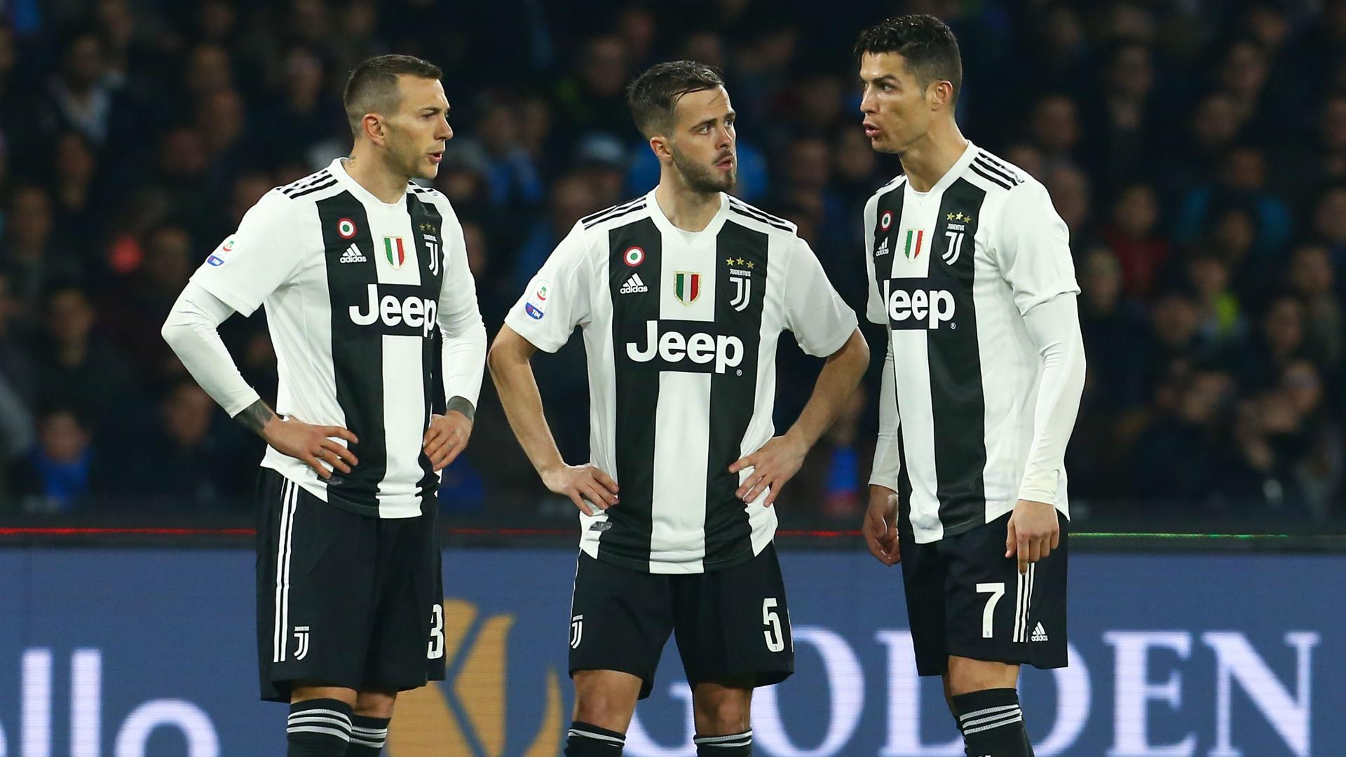 Federico Bernardeschi Miralem Pjanic Cristiano Ronaldo Juventus