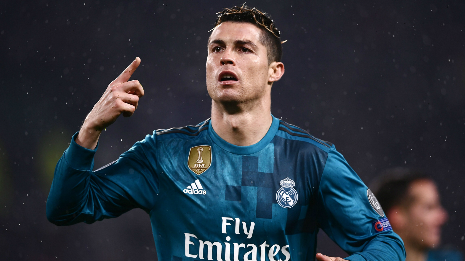 Ronaldo thanks Juventus supporters for applauding his goal