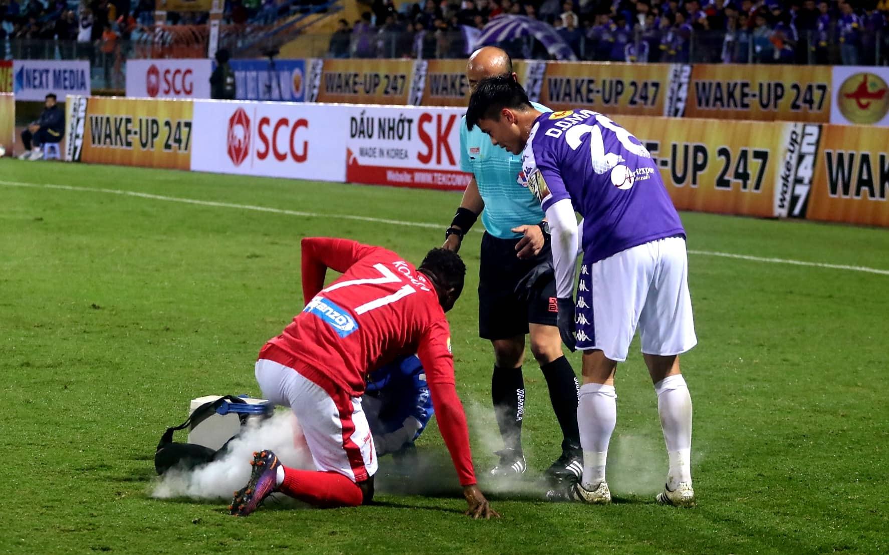 Do Duy Manh Ha Noi vs Than Quang Ninh V.League 2019