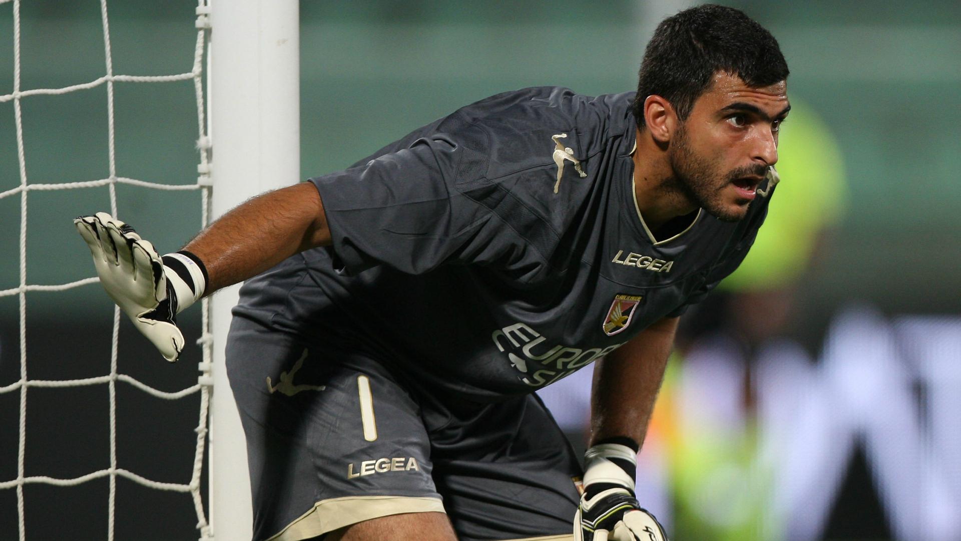 Avaí acerta a contratação de Rubinho, goleiro ex-Genoa e Juventus