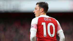 'For all Ozil's faults, he's still a match-winner' - Merson favours World Cup winner over Mkhitaryan