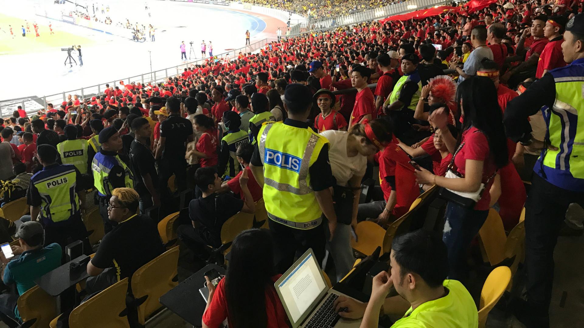 Fan Malaysia v Vietnam, 2018 AFF Suzuki Cup final