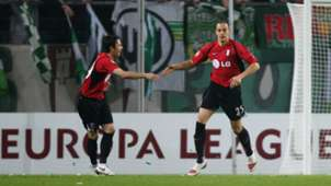 Simon Davies Bobby Zamora Wolfsburg Fulham UEL 2010