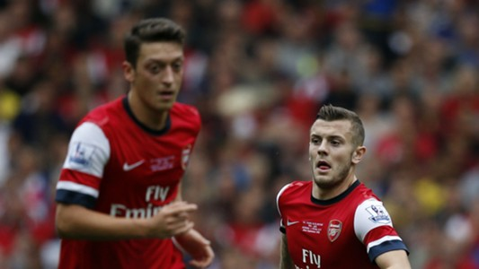Mesut Ozil Jack Wilshere Arsenal 22092013