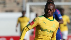 Sundowns, Khama Billiat