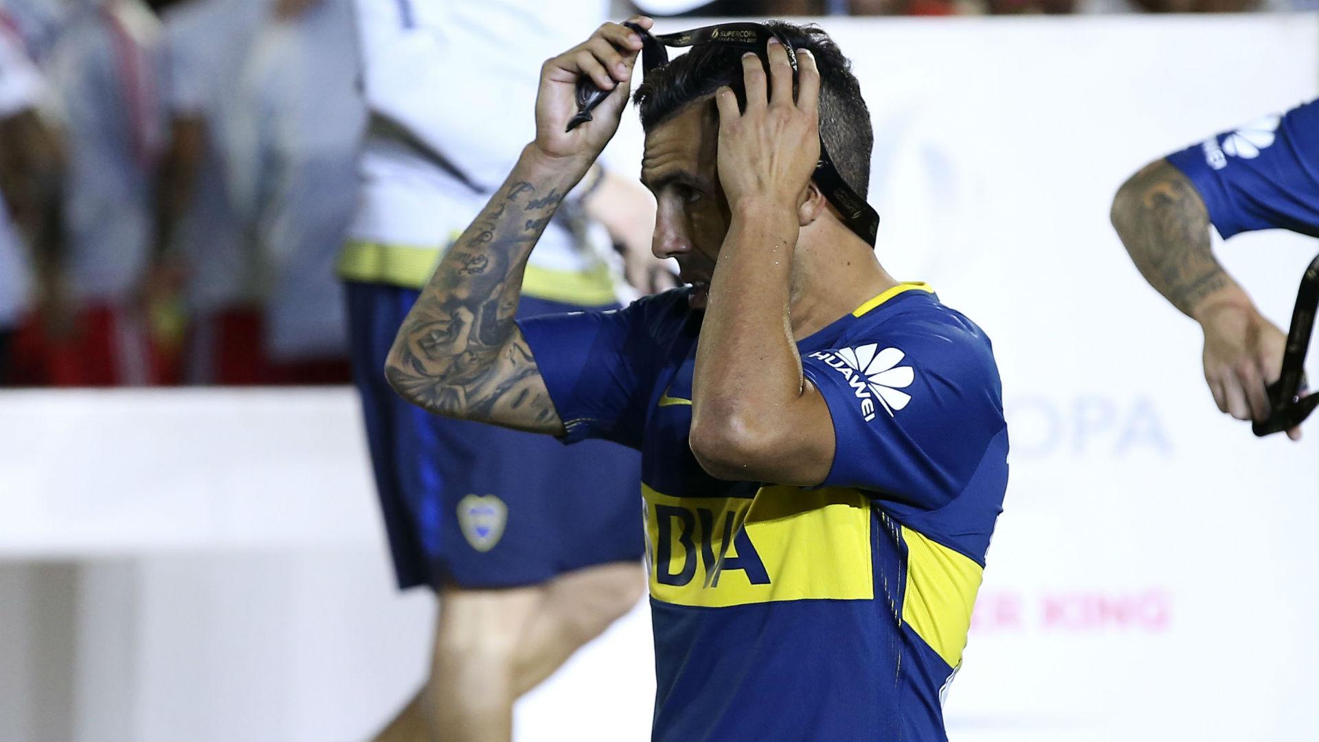 Carlos Tevez infortunato dopo una partita in carcere: furia Boca