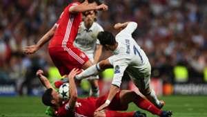 Cristiano Ronaldo MAts Hummels Xabi Alonso Real Madrid Bayern Munich UCL 18042017