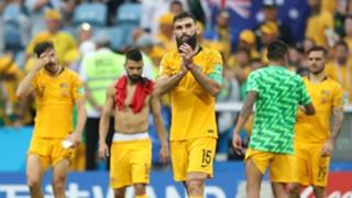Mile Jedinak Australia Peru World Cup 260618
