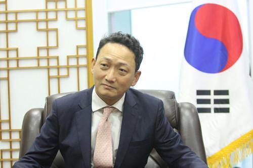 Đại sứ Hàn Quốc ở Việt Nam Kim Do Hyon