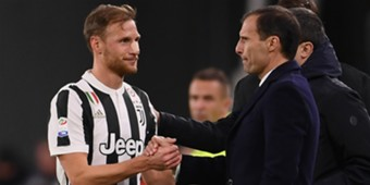 Benedikt Howedes Juventus Crotone Serie A
