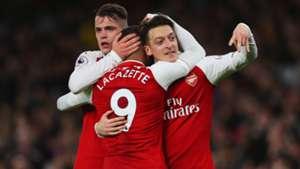 Mesut Ozil Arsenal Liverpool