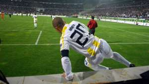 Alex de Souza Inonu Stadium Besiktas Fenerbahce 2008
