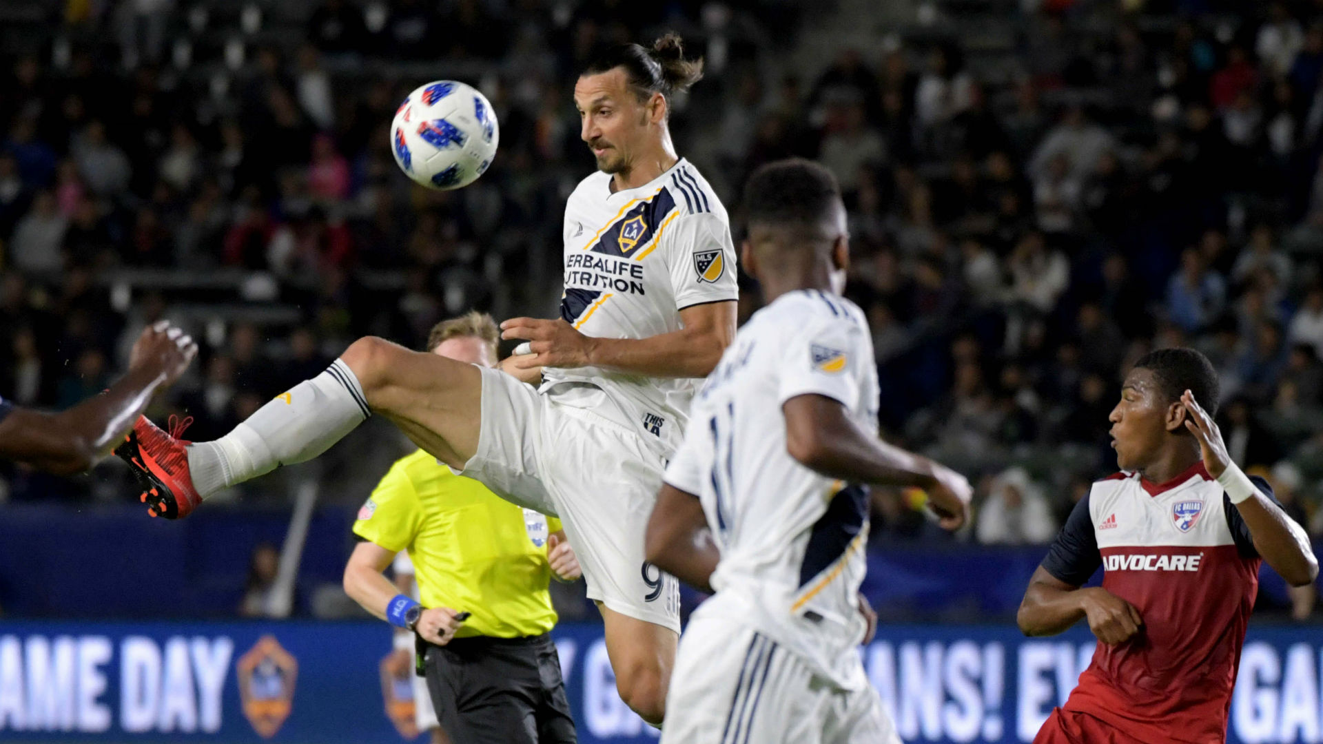 Zlatan Ibrahimovic LA Galaxy FC Dallas MLS 2018
