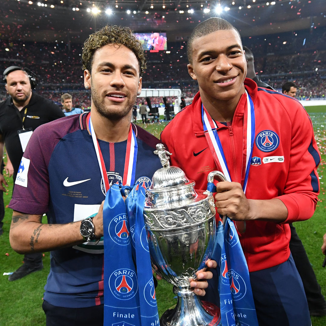 BODY/GALLERY ONLY Neymar Mbappe PSG champions Coupe de France 08052018