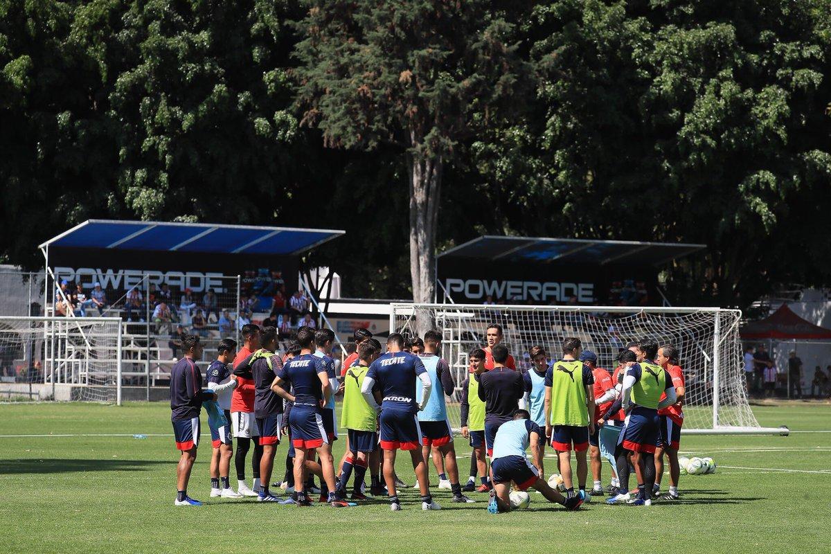 Chivas Entrenamiento Clausura 2019