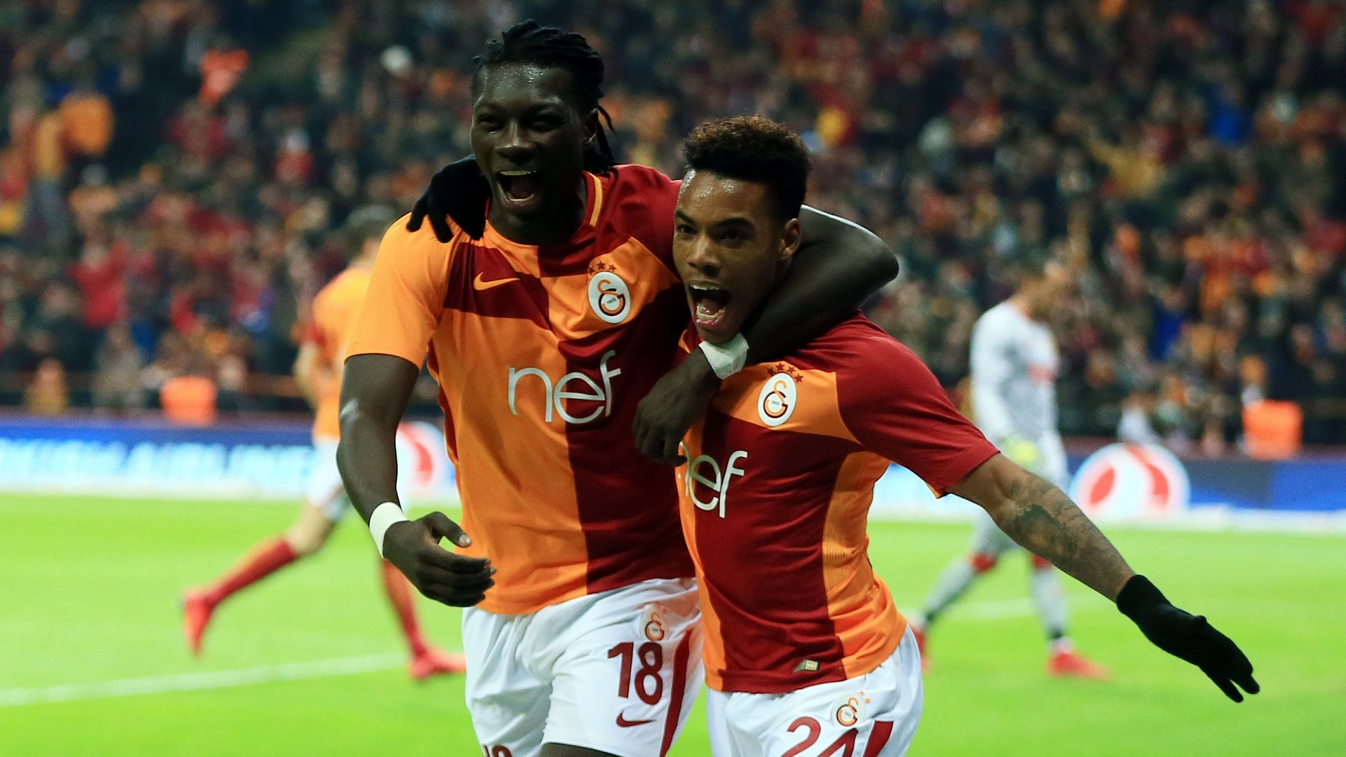 Bafetimbi Gomis Garry Rodrigues Galatasaray
