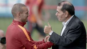 Wesley Sneijder Dursun Ozbek Galatasaray