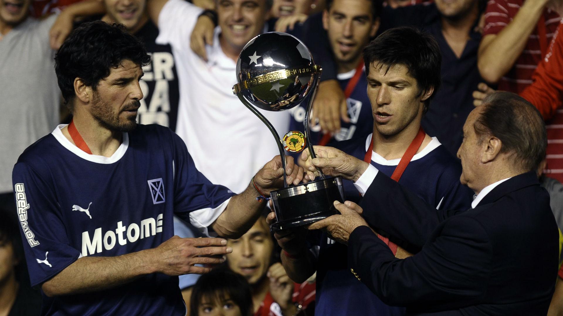 Eduardo Tuzzio Carlos Matheu Independiente Copa Sudamericana 2010