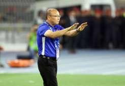 Park Hang-seo Vietnam Malaysia AFF Suzuki Cup 2018 (2)