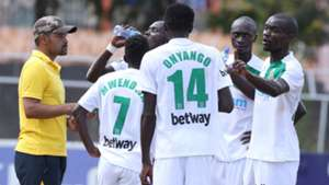 Mathare United assistant coach Salim instructs players