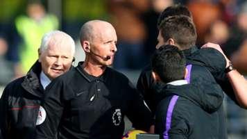 Mike Dean Mauricio Pochettino Tottenham Burnley