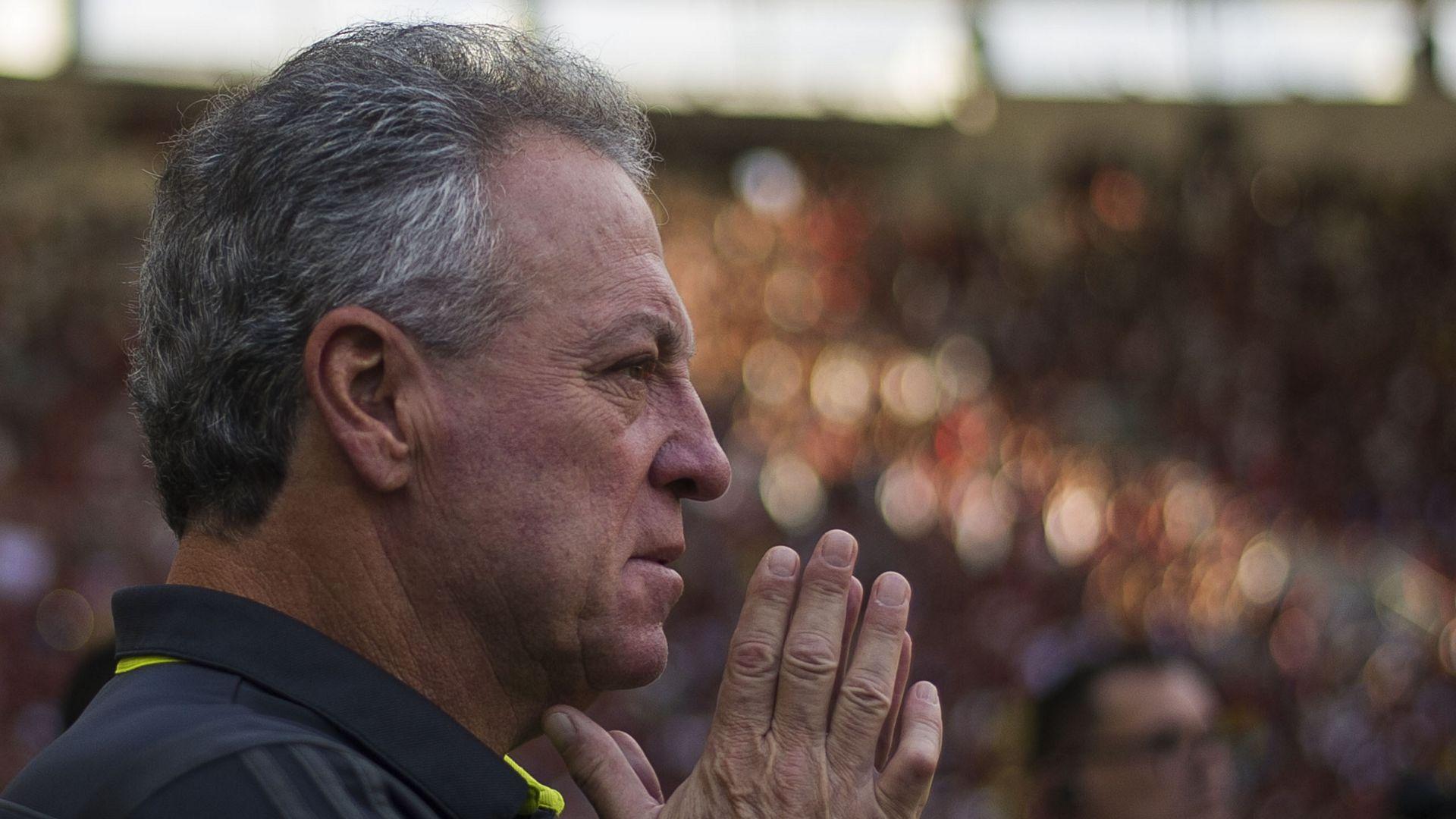 Abel Braga Flamengo Athletico PR Brasileirão Série A 26052019