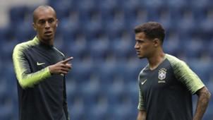 Miranda e Coutinho Brasil treino Copa do Mundo 26 06 18