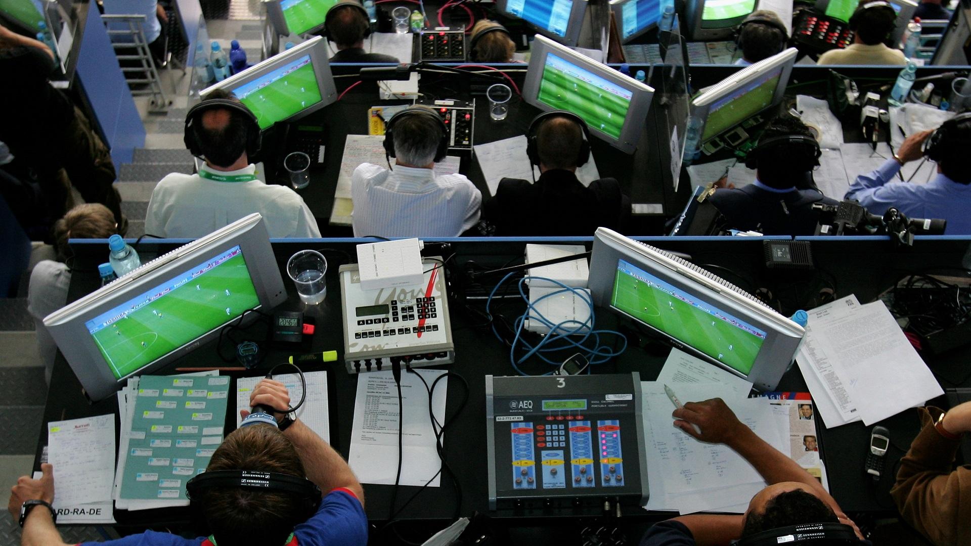 2015 Confederations Cup commentators