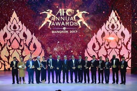Image result for AFC Annual Award : สรุปผู้รับรางวัลสุดยอดแห่งเอเชียประจำปี 2017