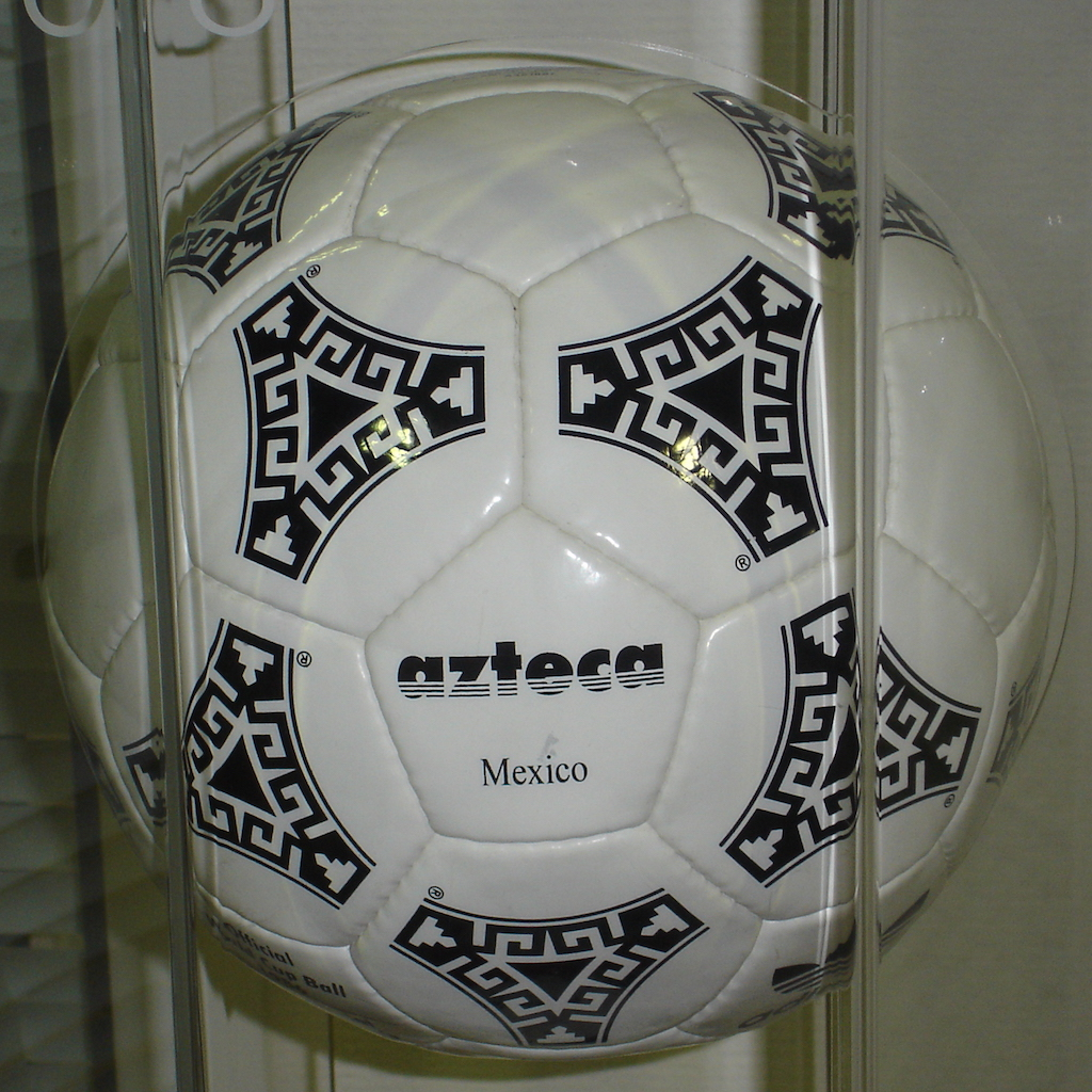 Adidas Azteca 1986 World Cup ball