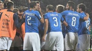 Italy celebrating vs Albania