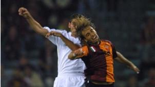 Gabriel Batistuta - Fernando Hierro, Roma - Real Madrid, 09112001