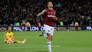 Chicharito West Ham