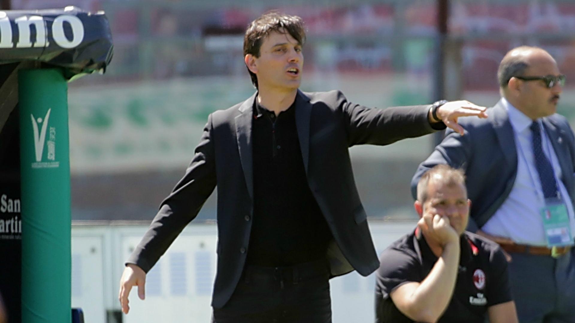 Milan è ufficiale: Montella prolunga fino al 2019