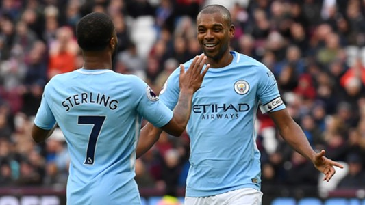 Fernandinho Raheem Sterling Manchester City 2018-04-29