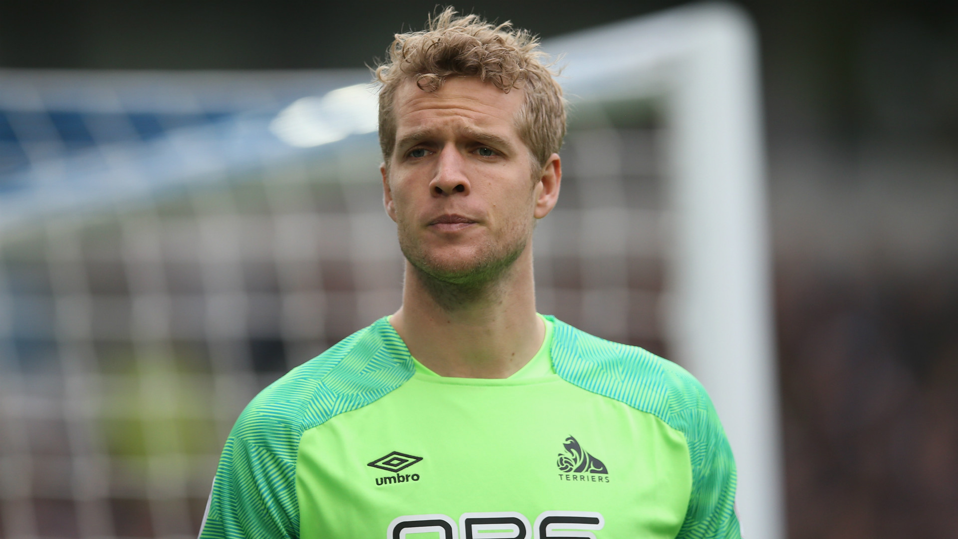 Toffees sign Huddersfield Town goalkeeper Jonas Lossl on free transfer
