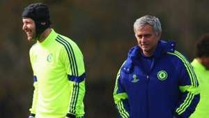 Petr Cech/Jose Mourinho Chelsea