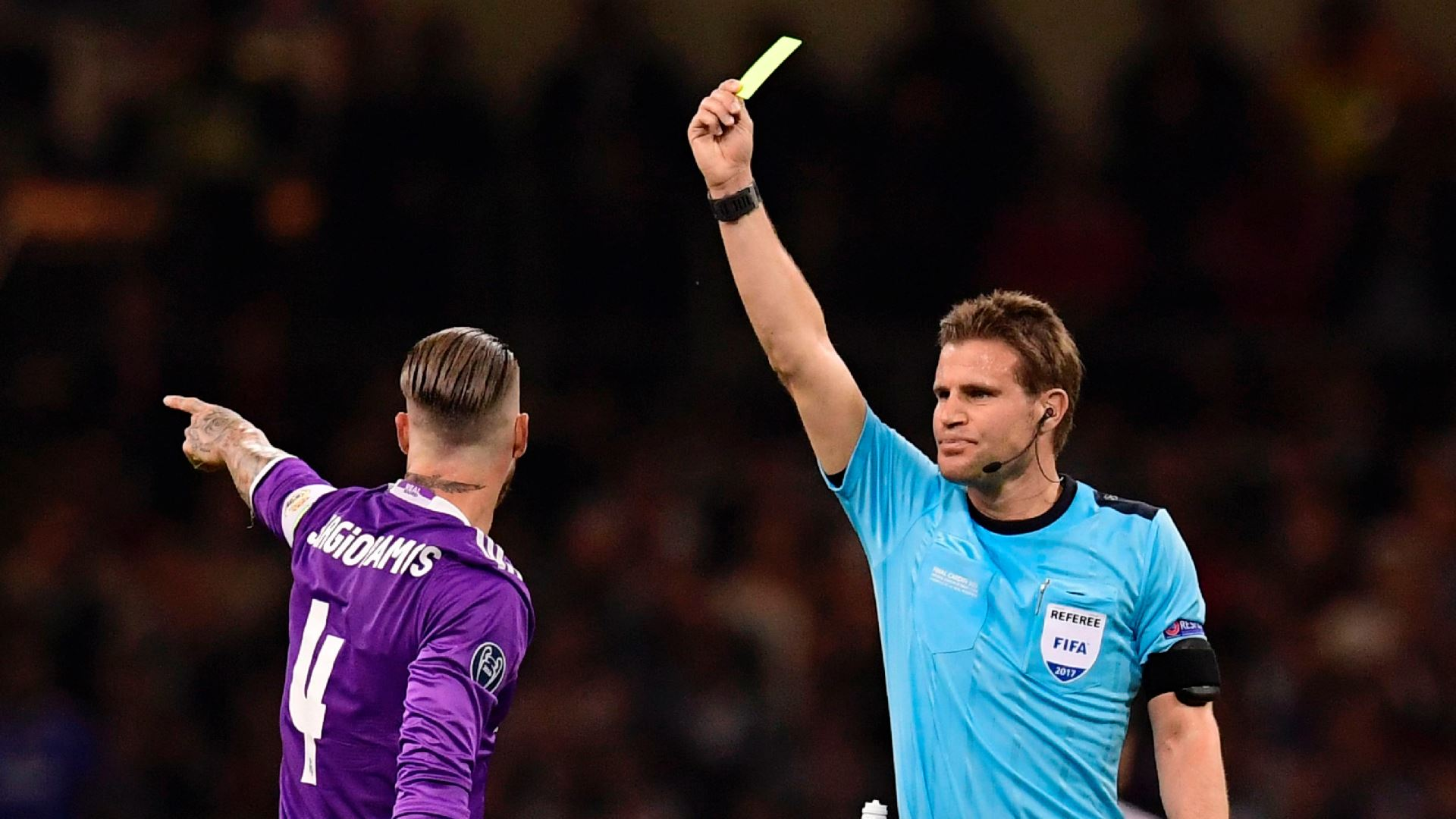 Sergio Ramos and referee Felix Brych Juventus Real Madrid UCL 030620017