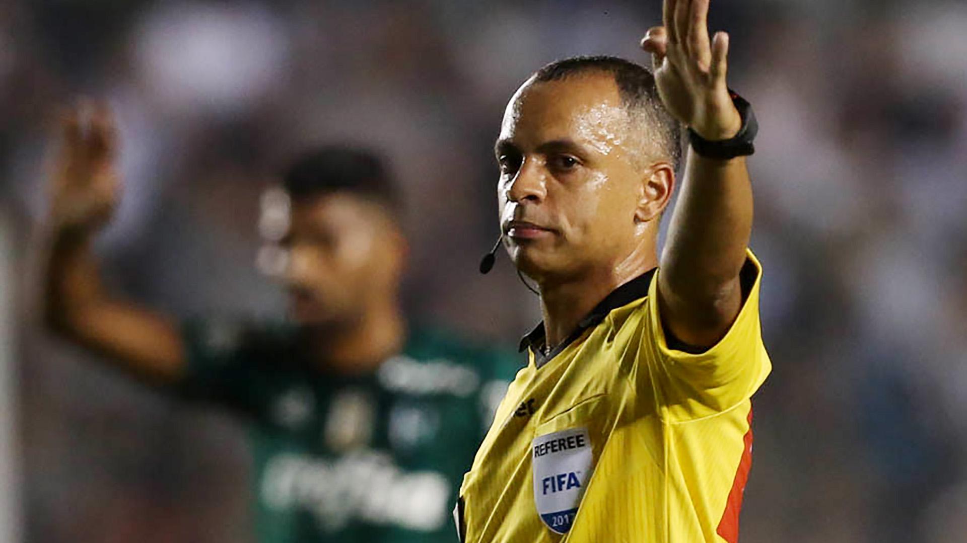 Wilton Pereira Sampaio arbitro Santos Palmeiras Brasileirao Serie A 14062017