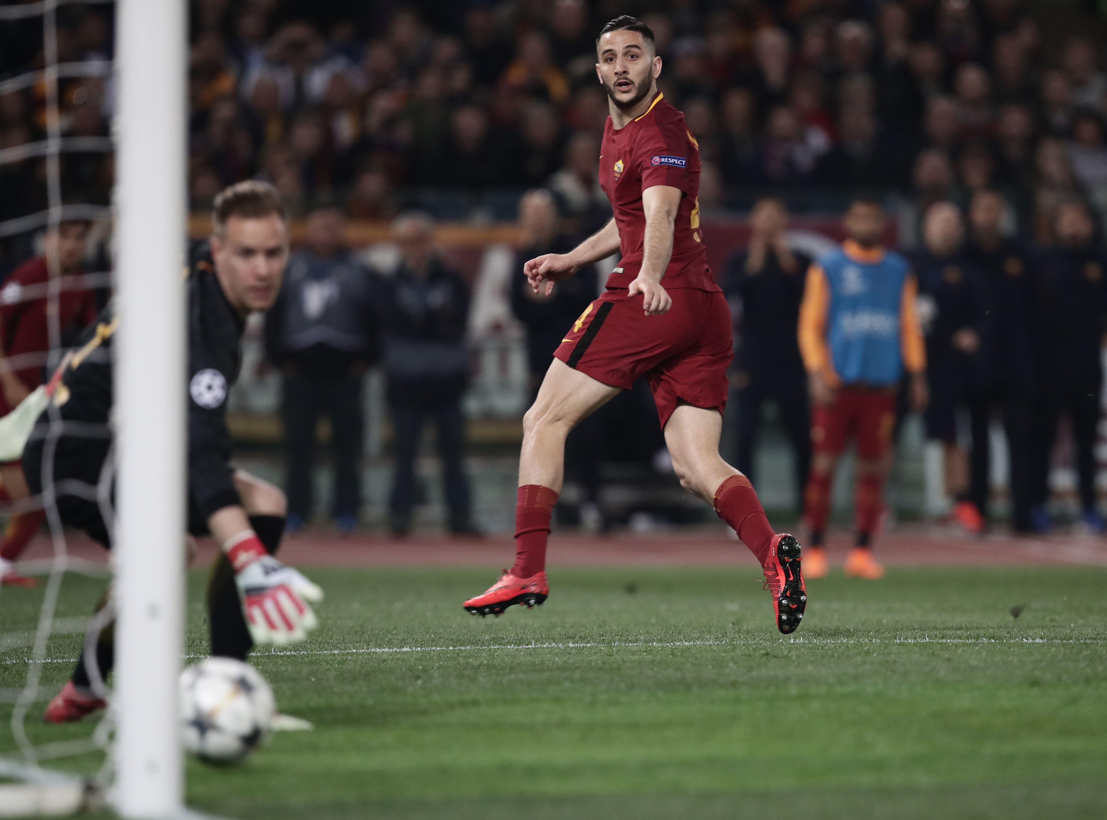 Kostas Manolas vs Barcelona