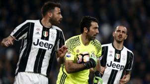 Andrea Barzagli Gianluigi Buffon Leonardo Bonucci Juventus