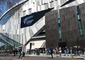 Das neue Tottenham Hotspur Stadium wurde mit einer Partie der U18 des Klubs gegen Southampton eröffnet. Wir haben die Bilder.