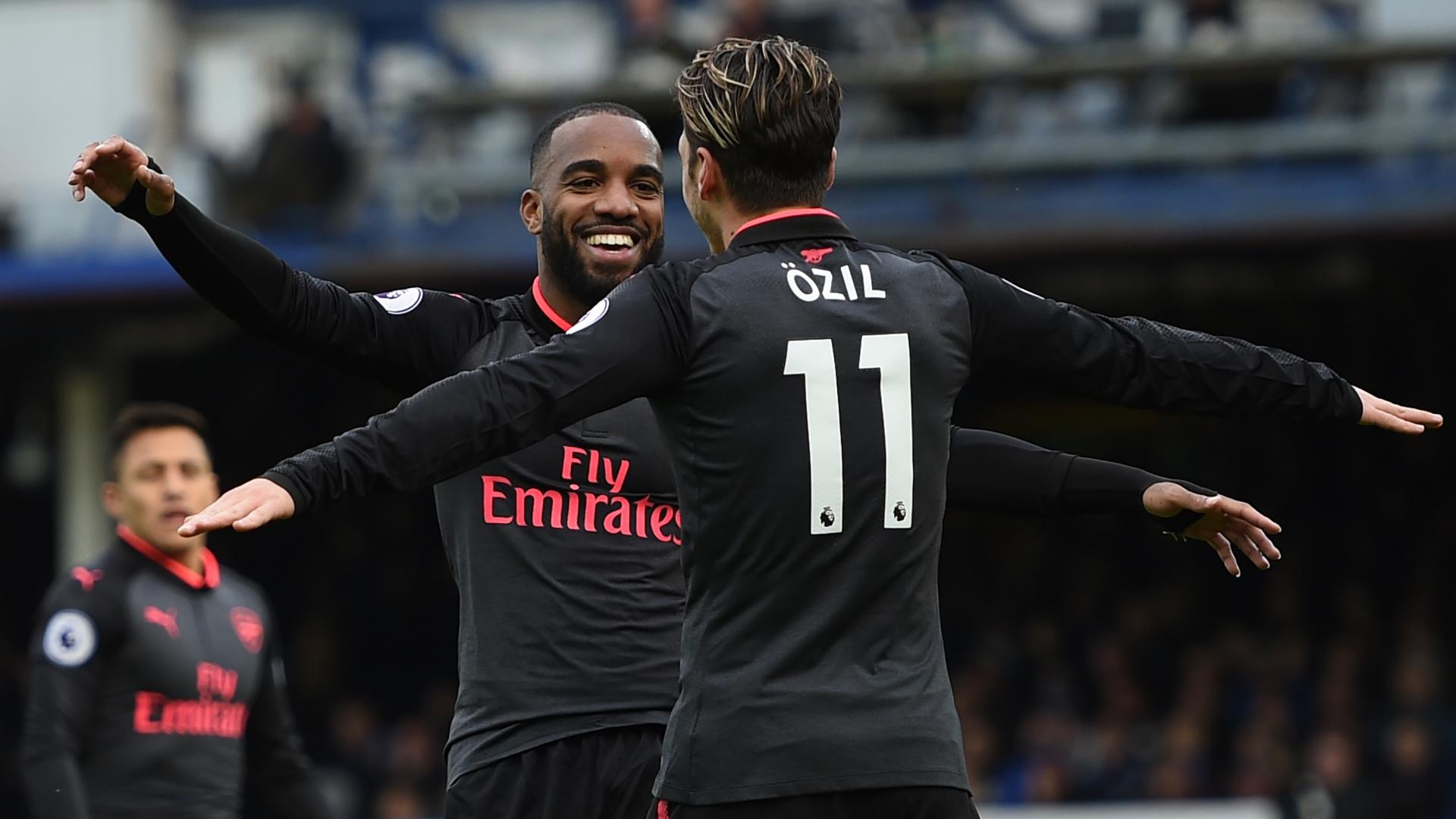 Lacazette, Ozil, Arsenal