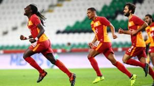Bafetimbi Gomis goal celebration Konyaspor Fernando Selcuk Inan 10142017