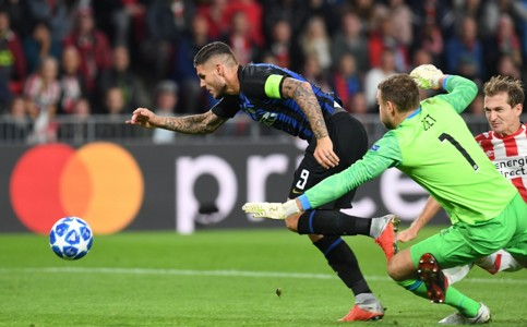 PSV vs Inter -- Jeroen Zoet Mauro Icardi