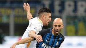 Borja Valero Lorenzo Pellegrini Inter Roma