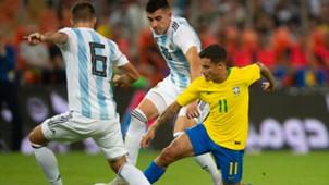 Coutinho Battaglia Pezzella Brasil Argentina Amistoso Superclássico das Américas 16102018